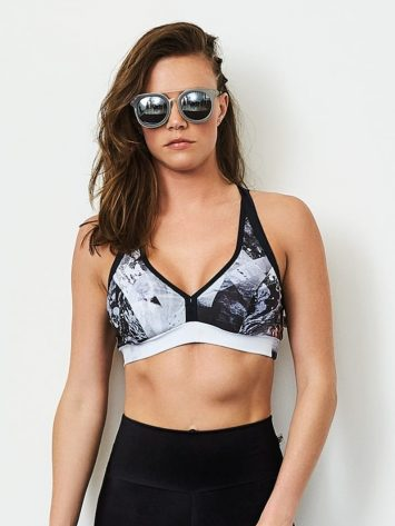 CAJUBRASIL Sports Bra 9085 Fashion Sexy Bra Top Yoga Bra Black and White