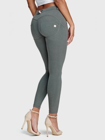Freddy WR.UP® Fashion-Mid Rise – 7/8 Length – Grey